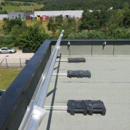 Ballast 2500 Freistehendes Dachgeländer