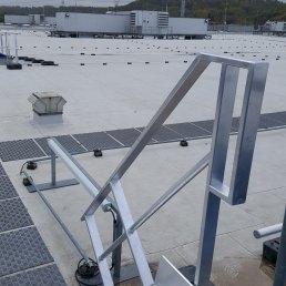 Dachtreppen auf Flachdach BV Ikea