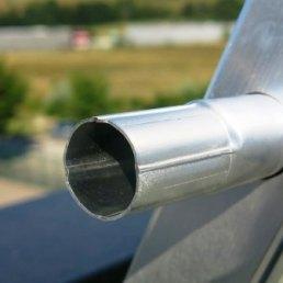 Handlauf mit Verjüngung für Flachdachgeländer mit Auflast Ballast 2500