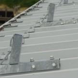 Temporäres Dachgeländer Trapezblechdach